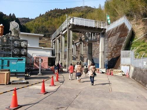 平山発電所