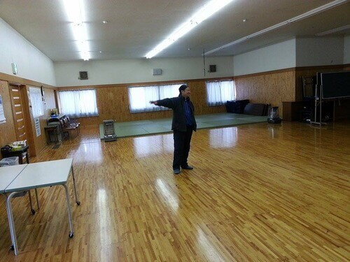 みどりの時計台 旧川口小学校 体育館