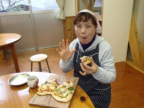 美味しさ格別手作りピザ