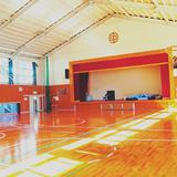 ほっと平山の体育館 まだまだ新しく綺麗です